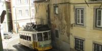 Jedna z tramvají v centru
