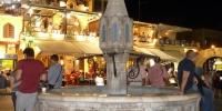 Rhodos Hippokratovo náměstí fontána Sintrivani