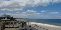 Pláže kolem hotelu Karawan
